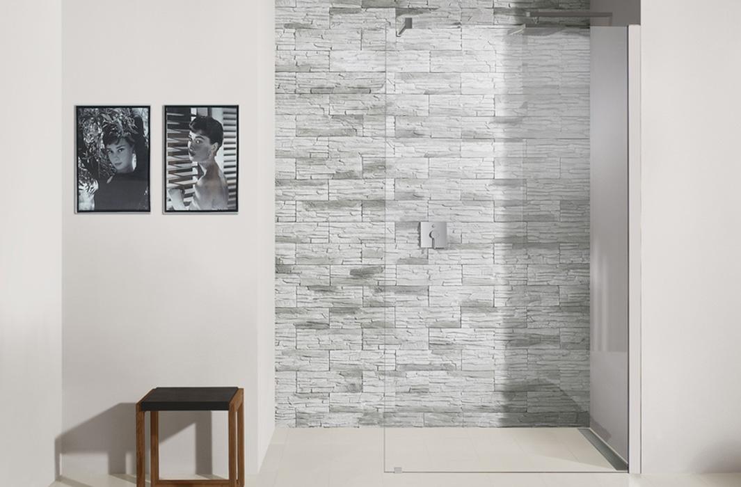 badgestaltung barrierefrei walk in dusche. Black Bedroom Furniture Sets. Home Design Ideas