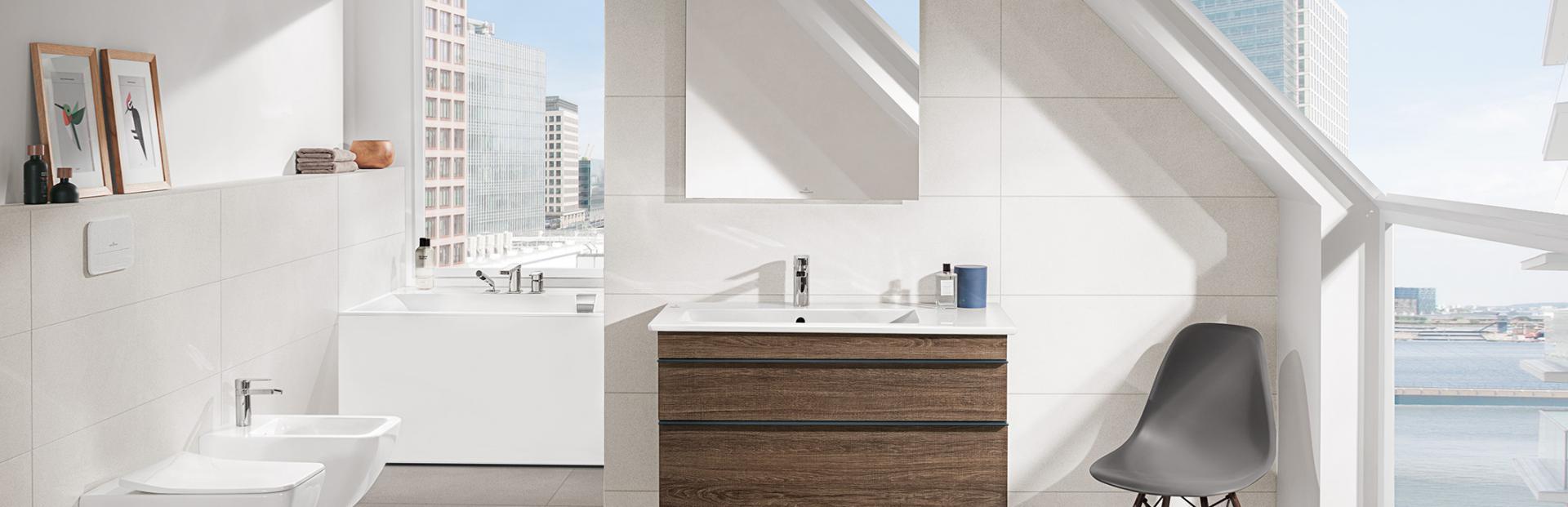 sechseckwanne dachschr ge. Black Bedroom Furniture Sets. Home Design Ideas