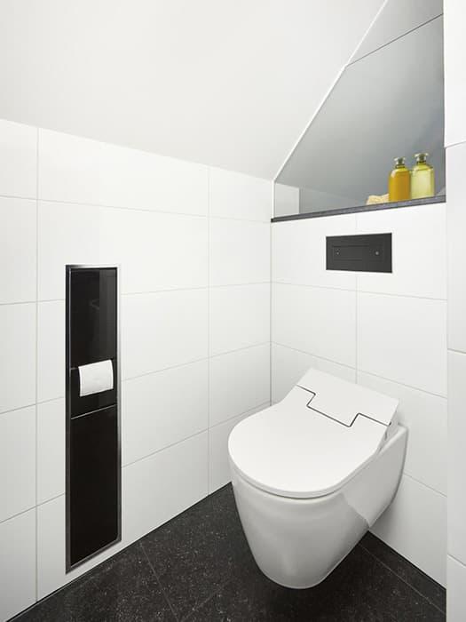 Badezimmer mit Schräge: 8 Tipps zum Planen & Gestalten | REUTER Magazin