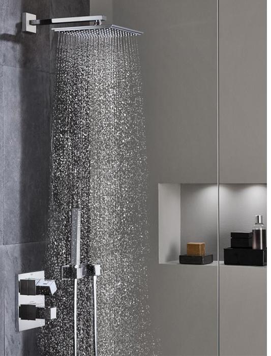 trockenbau nische fabulous verfliestes bad mit sitzbank. Black Bedroom Furniture Sets. Home Design Ideas