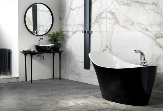 badezimmer mit schwarzer toilette  wohnung idee