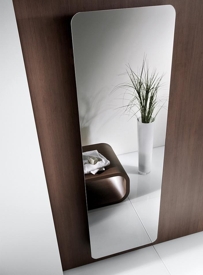 heizk rper mit spiegel design heizk rper new york mit. Black Bedroom Furniture Sets. Home Design Ideas