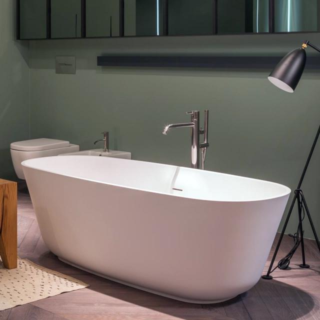 antoniolupi BAÌA Freistehende Oval-Badewanne weiß matt, Ablaufgarnitur edelstahl satiniert