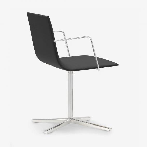 Andreu World Lineal Corporate Stuhl mit Armlehnen, Echtleder