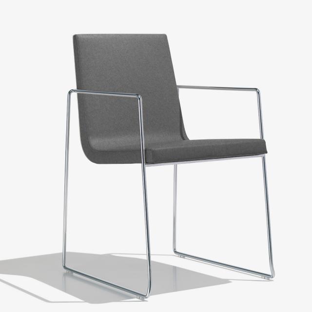 Andreu World Lineal Comfort Stuhl mit Armlehnen, Stoff