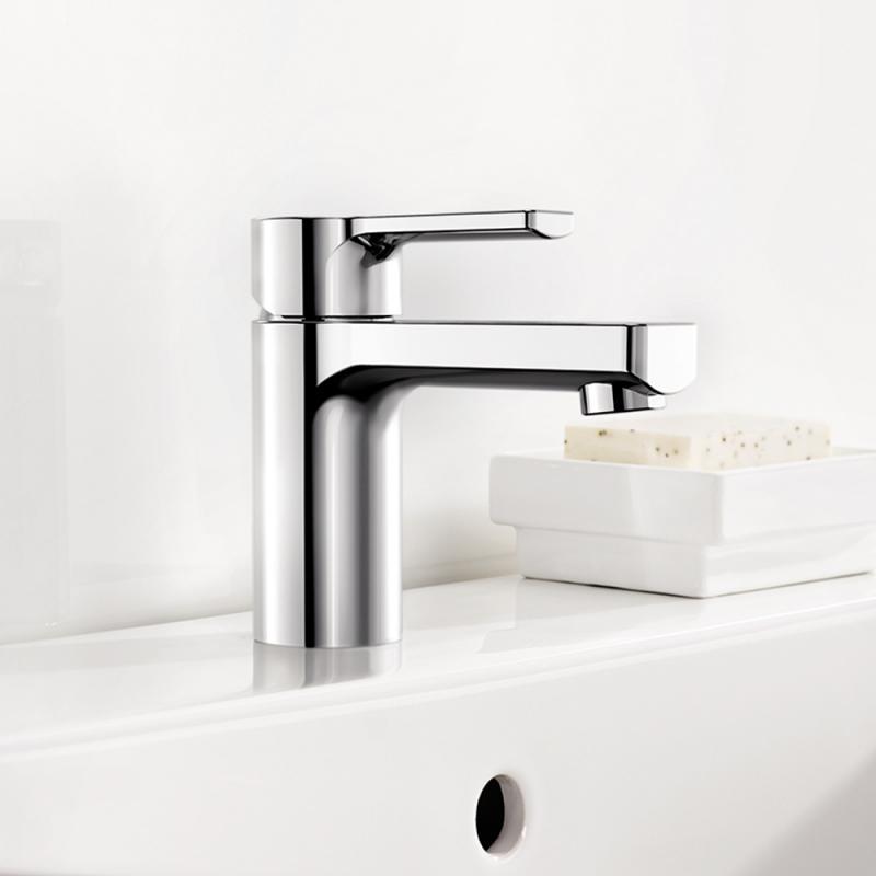 blanco devin waschtischarmatur mit ablaufgarnitur 520390. Black Bedroom Furniture Sets. Home Design Ideas