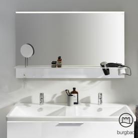 Burgbad Eqio Spiegel mit horizontaler LED-Aufsatzleuchte und Ablage weiß glanz
