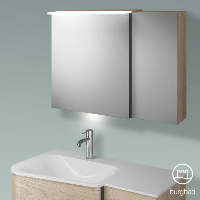 Burgbad Badu Spiegelschrank mit LED-Beleuchtung mit 2 Türen Korpus eiche cashmere dekor, Griffleiste anthrazit, mit Waschtischbeleuchtung