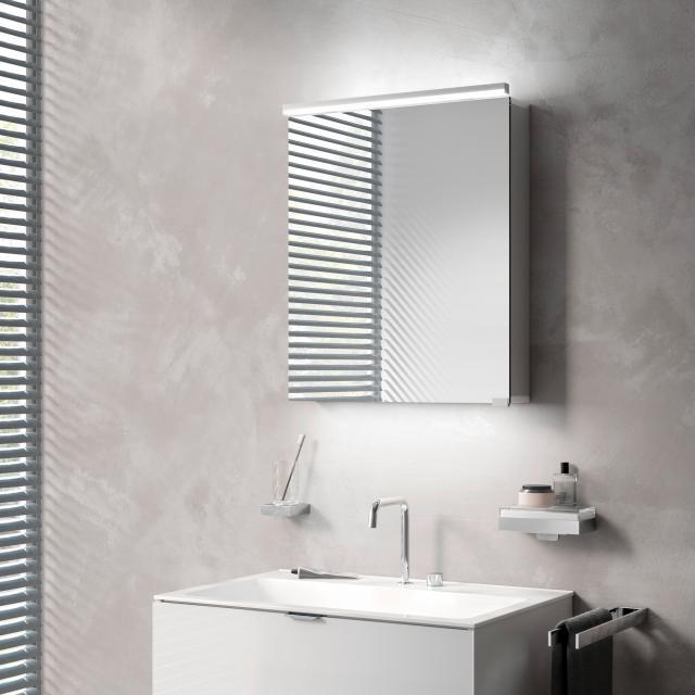 Emco Pure_Flat Aufputz Lichtspiegelschrank mit Waschtischbeleuchtung