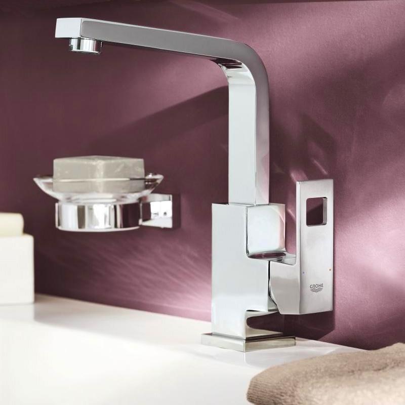 grohe eurocube einhand waschtischbatterie mit schwenkbarem auslauf l size mit ablaufgarnitur. Black Bedroom Furniture Sets. Home Design Ideas