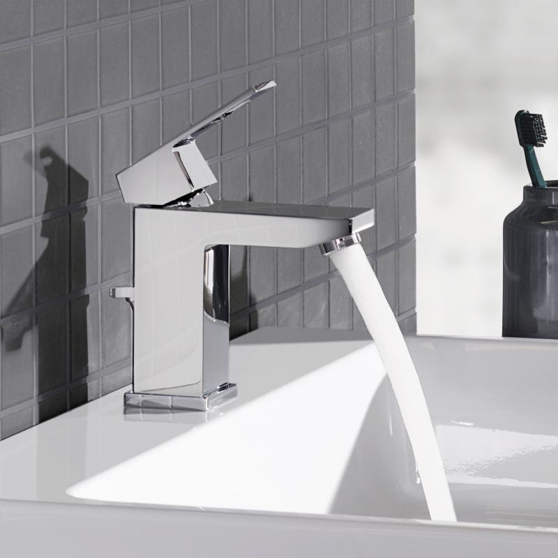 grohe eurocube einhand waschtischbatterie s size mit. Black Bedroom Furniture Sets. Home Design Ideas