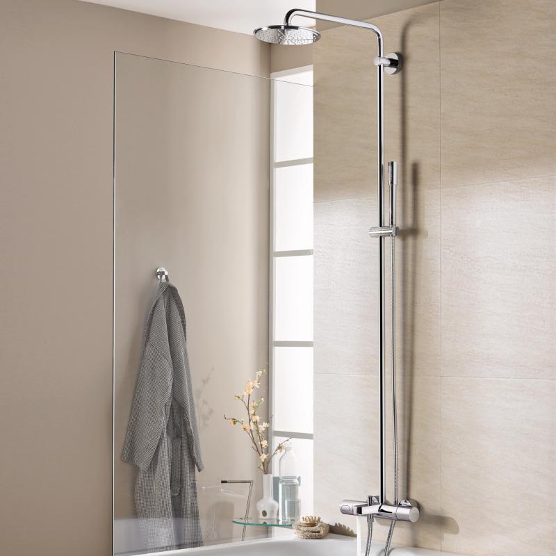 grohe rainshower system 210 duschsystem mit thermostat wannen batterie f r die wandmontage. Black Bedroom Furniture Sets. Home Design Ideas