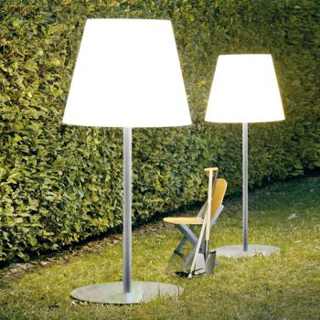 fontana arte leuchten online bestellen im reuter shop fontanaarte designleuchten. Black Bedroom Furniture Sets. Home Design Ideas