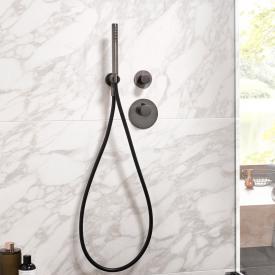 Herzbach Design iX PVD Wannen-Duschset mit Brauseanschlussbogen, rund black steel