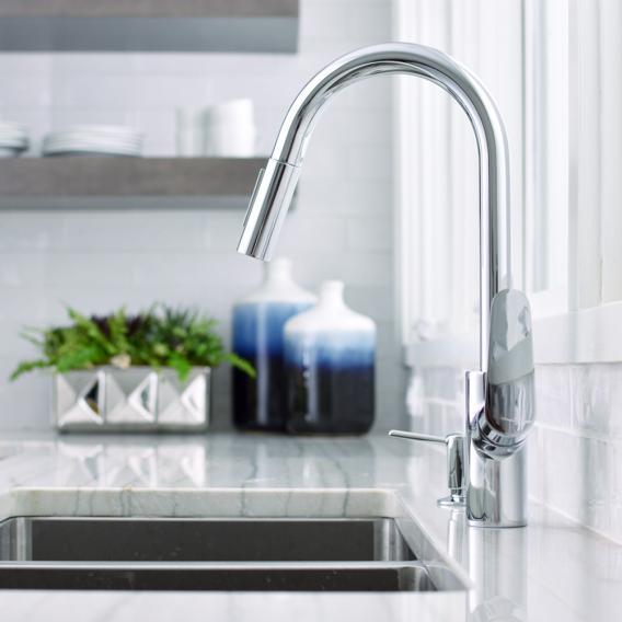 Hansgrohe Focus Einhebel-Küchenmischer mit Ausziehbrause chrom