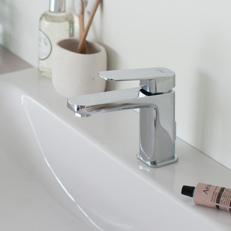 Ideal Standard Tonic 2 : ideal standard tonic ii waschtisch unterschrank front wei hochglanz korpus wei hochglanz ~ Watch28wear.com Haus und Dekorationen