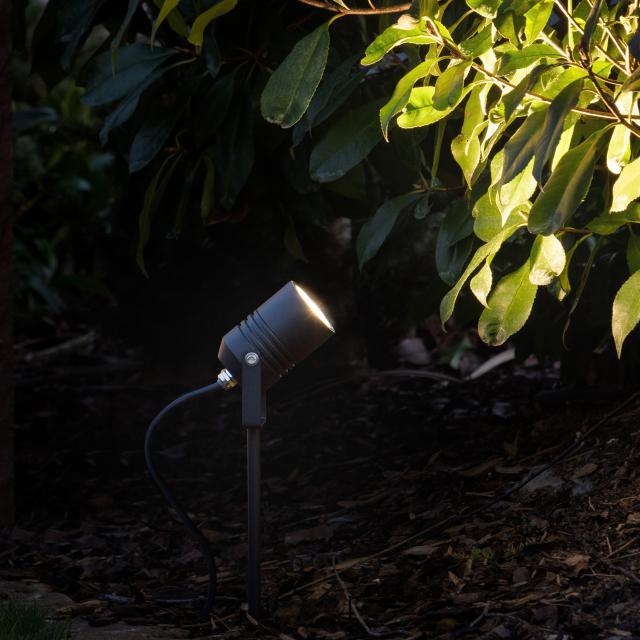 LCD 5018 LED Strahler mit Erdspieß