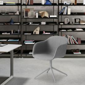 Muuto Fiber Stuhl mit Armlehnen, gepolstert und drehbar