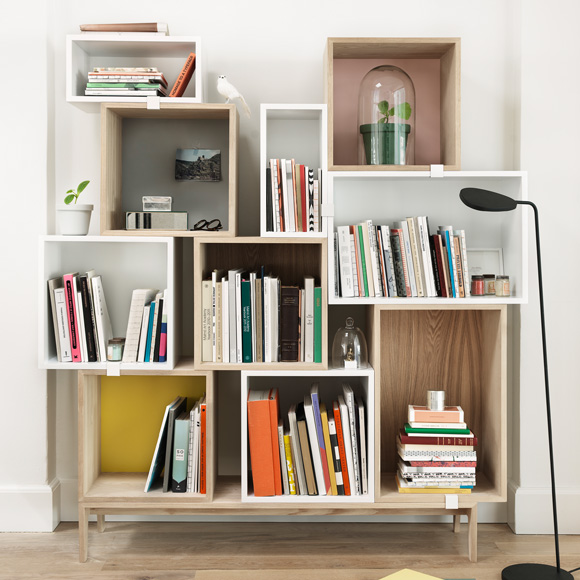 muuto stacked regal mit r ckwand 05023 reuter. Black Bedroom Furniture Sets. Home Design Ideas