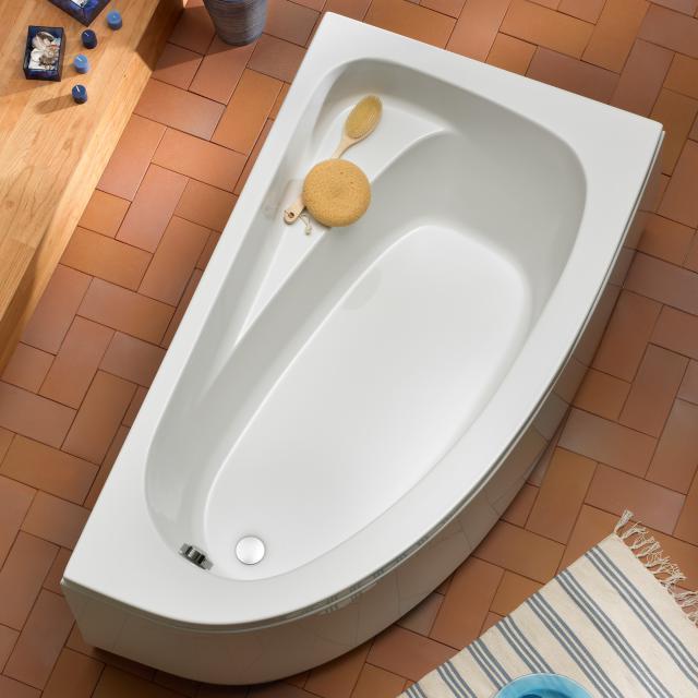 Ottofond Marina Raumspar-Badewanne, Einbau mit Fußgestell
