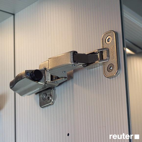 Sprinz elegant line unterputz spiegelschrank e010600amam29e aa0600 l reuter for Unterputz spiegelschrank
