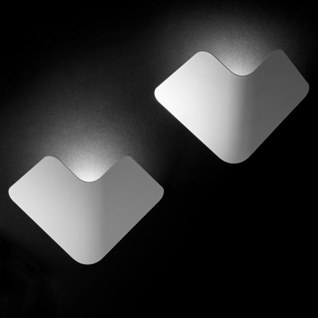 tossB Fly LED Wandleuchte