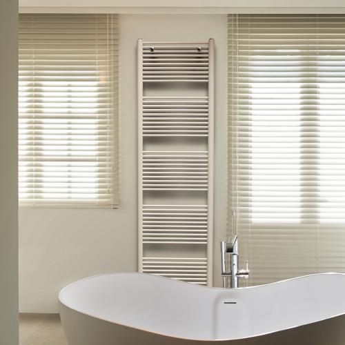 vasco malva badheizk rper pergamon breite 450 mm 356 watt 111260450074411880019 0000 reuter. Black Bedroom Furniture Sets. Home Design Ideas