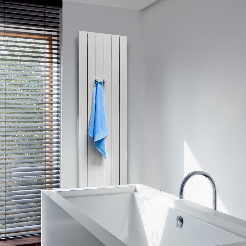 vasco zaros vertikal v100 heizk rper h he 1600 mm feinstruktur wei breite 600 mm 8 rohre. Black Bedroom Furniture Sets. Home Design Ideas
