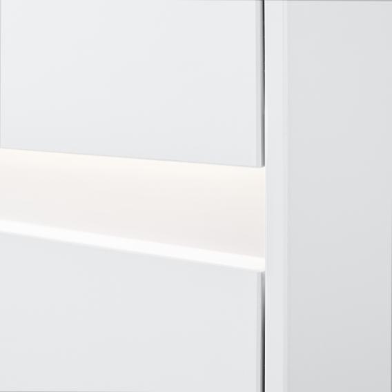 Villeroy & Boch Collaro LED-Seitenschrank mit 1 Tür mit 1 Auszug Front glossy white / Korpus glossy white, Griffmulde weiß matt