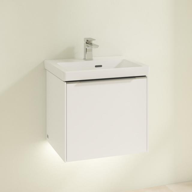 Villeroy & Boch Subway 3.0 Handwaschbecken mit LED-Waschtischunterschrank mit 1 Auszug Front brilliant white / Korpus brilliant white, Griffleiste aluminium glanz, WT weiß, mit CeramicPlus, mit Überlauf