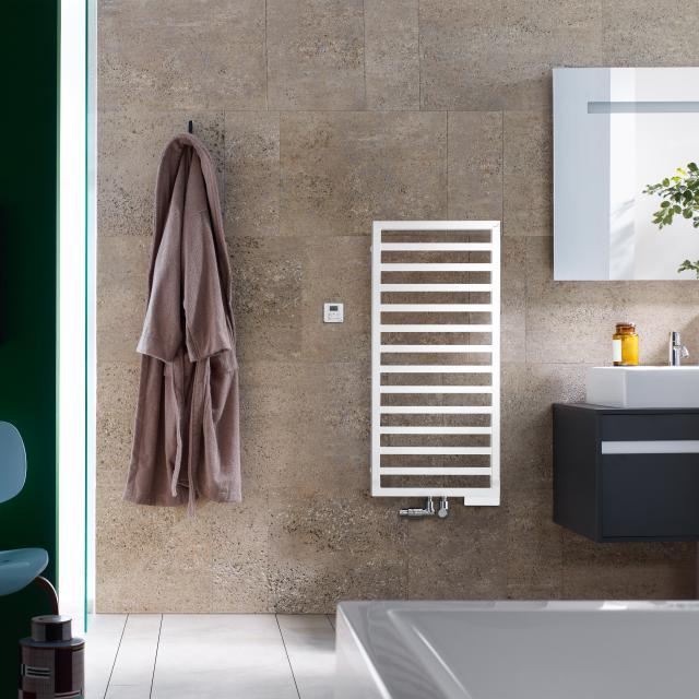 Zehnder Quaro Badheizkörper für Mischbetrieb mit eingebautem Heizstab weiß, 420 Watt, 300 Watt Heizpatrone